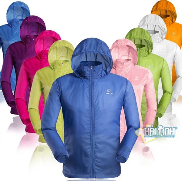 Giá may áo khoác gió đồng phục giá rẻ phụ thuộc vào số lượng và thời gian làm áo