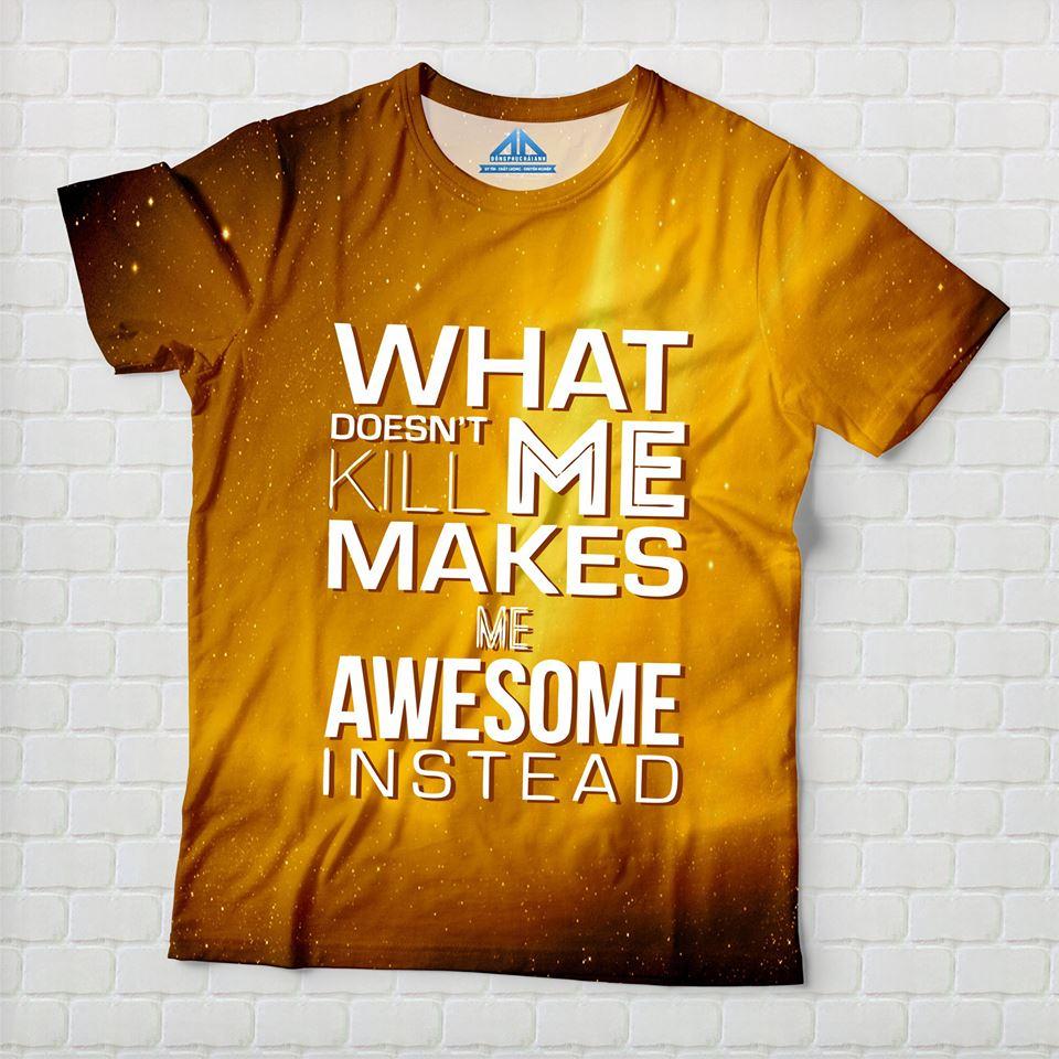 Mẫu áo lớp màu vàng được thiết kế theo phong cách typography