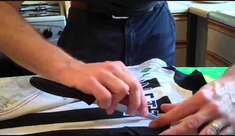 chi phí ảnh hưởng trực tiếp đến chi phí của in áo thun đồng phục