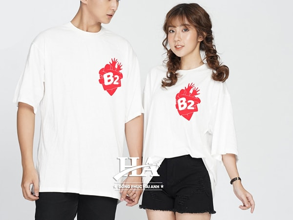 Mẫu áo lớp Oversize gam màu trắng tinh khiết