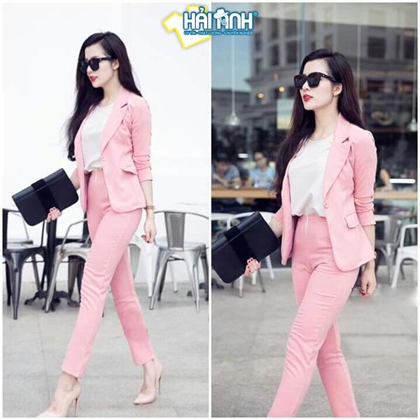 Tuổi Đinh Dậu hợp với các bộ trang phục màu hồng